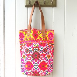 FOLKLORIC HIPPY SHOPPER