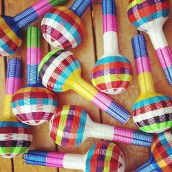 Rainbow Rattle Single L